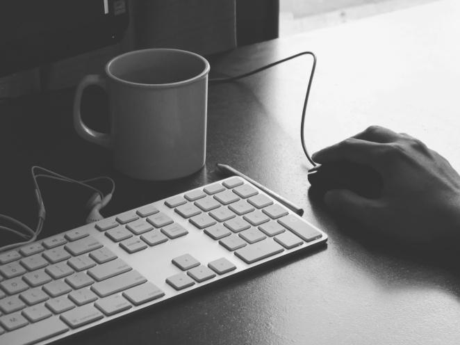 keyboard-writing-pic