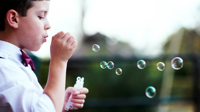 andre-hunter-168807-bubbles